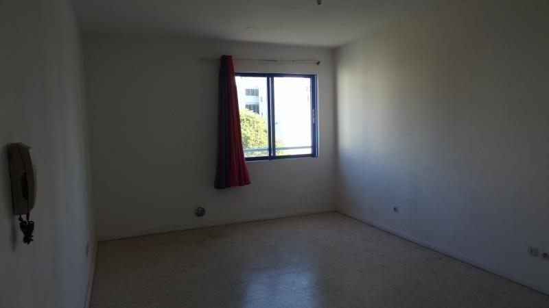 Rental apartment St denis 398€ CC - Picture 2