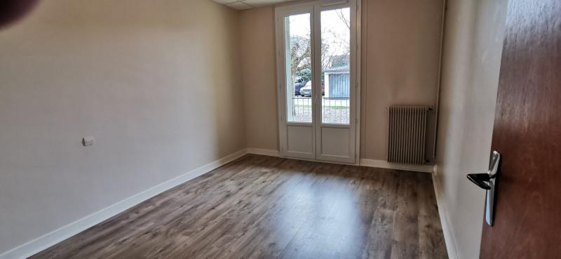 Sale apartment Agen 113925€ - Picture 3