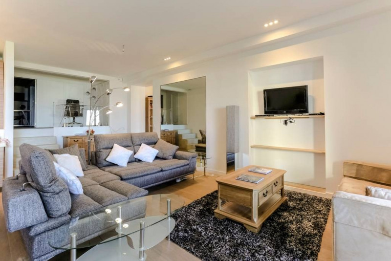 Deluxe sale apartment Nice 639000€ - Picture 2