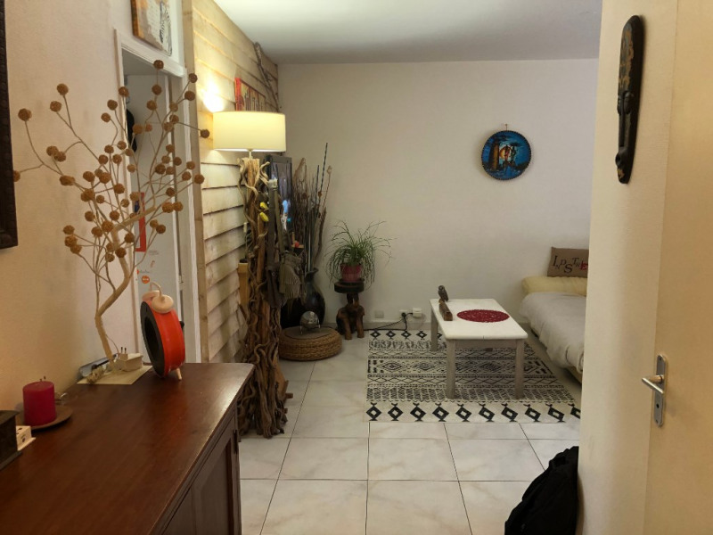 Sale apartment Marseille 95000€ - Picture 3