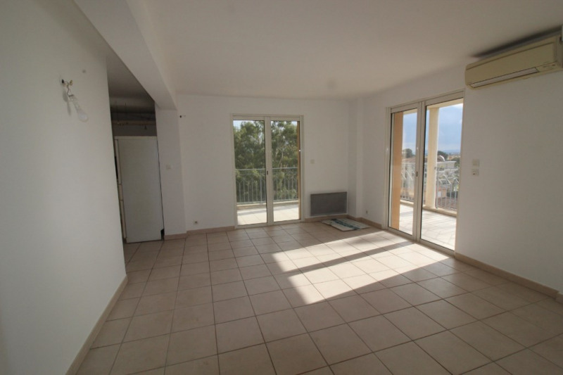 Vendita appartamento Hyeres 286000€ - Fotografia 1