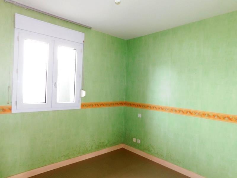 Sale house / villa St georges de reintembault 71400€ - Picture 5