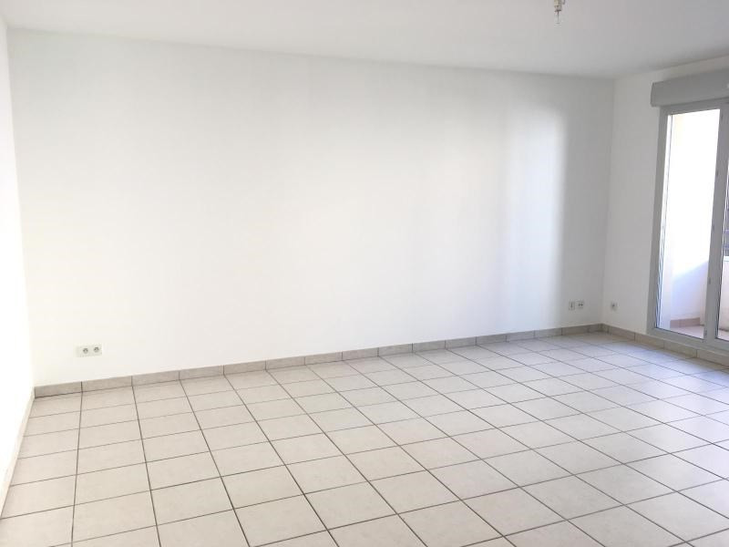 Location appartement Villefranche sur saone 541,83€ CC - Photo 2