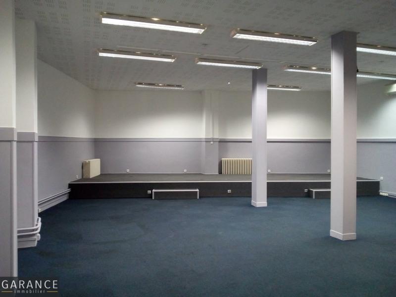 Sale empty room/storage Paris 15ème 1825000€ - Picture 4