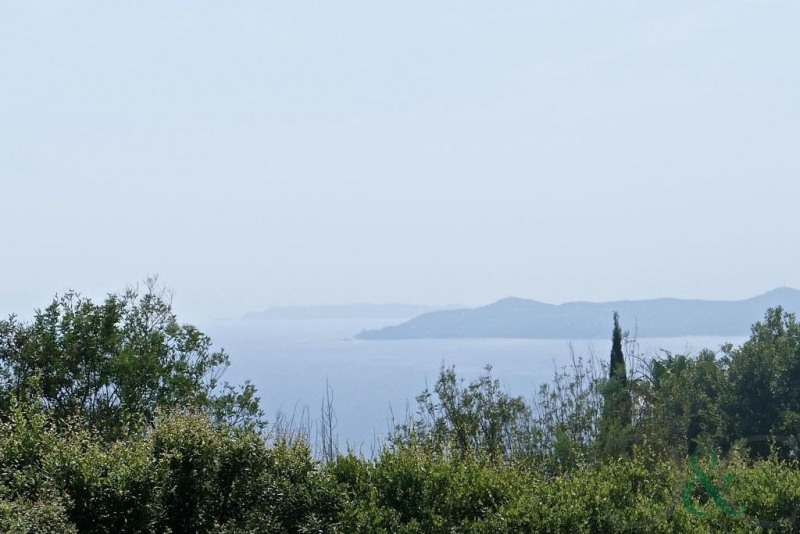 Deluxe sale house / villa Rayol canadel sur mer 1144000€ - Picture 2