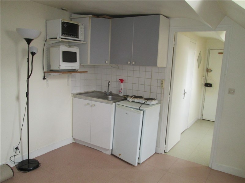 Rental apartment Versailles 540€ CC - Picture 1