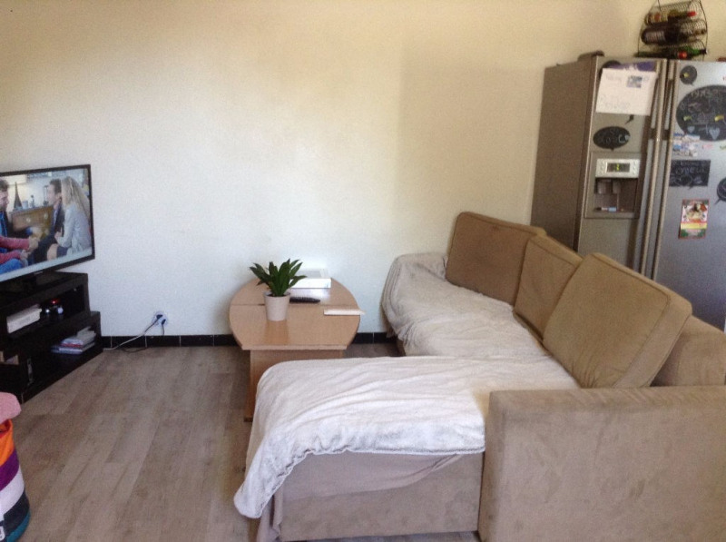 Location appartement Nimes 466€ CC - Photo 4