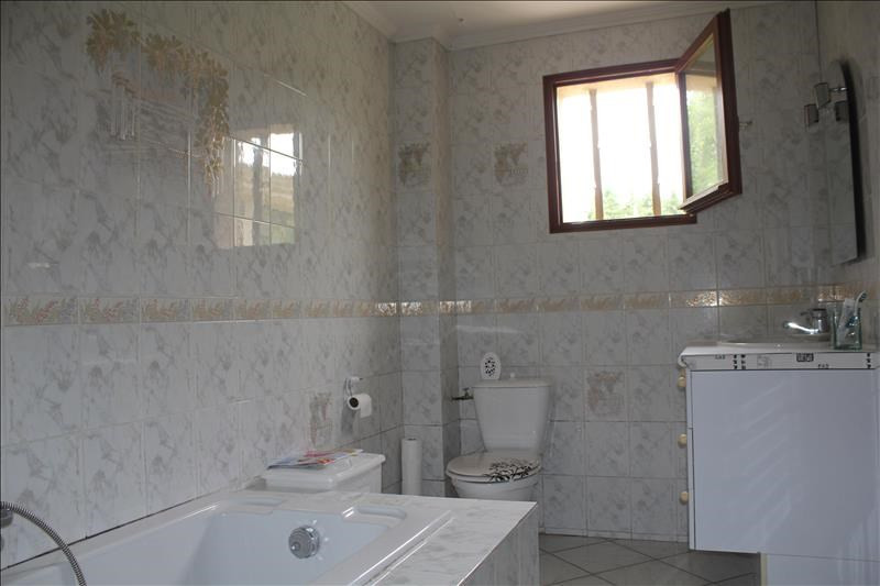 Revenda casa Nogent le roi 275600€ - Fotografia 9
