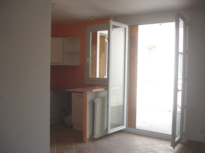 Location appartement Valence 558€ CC - Photo 3