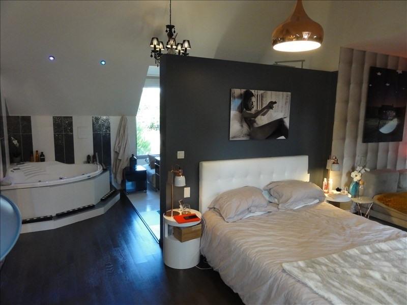 Deluxe sale house / villa Montfort l amaury 970000€ - Picture 5