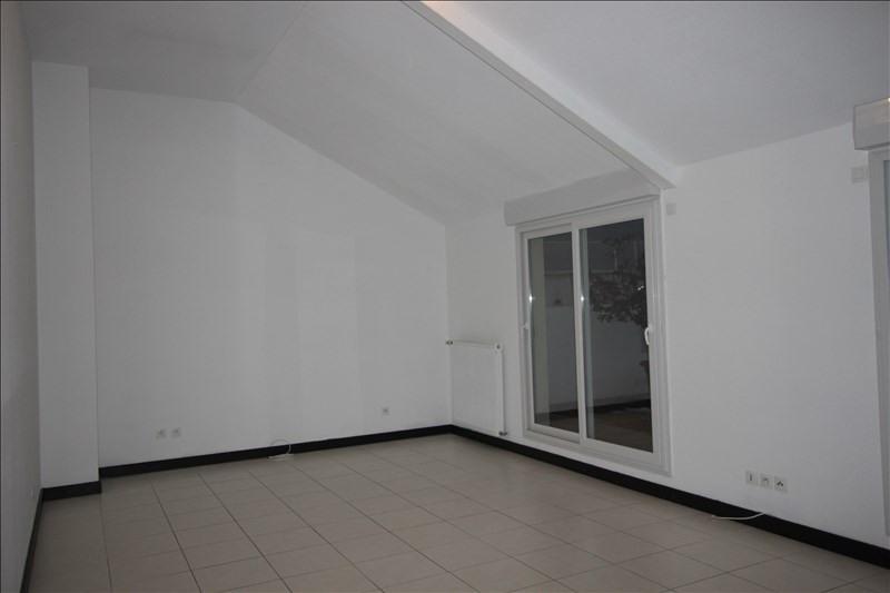 Rental apartment La roche sur foron 1365€ CC - Picture 1