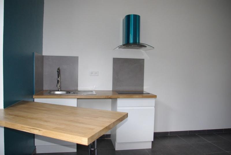 Sale apartment Quimper 65705€ - Picture 2