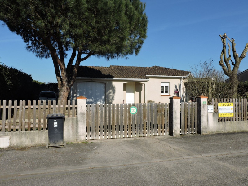 Location maison / villa Boe 830€ +CH - Photo 1