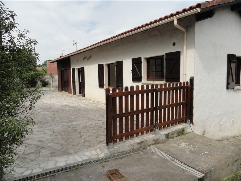 Rental house / villa Urcuit 755€ CC - Picture 1