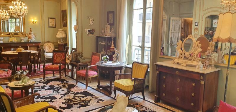 Deluxe sale apartment Lyon 3ème 660000€ - Picture 2