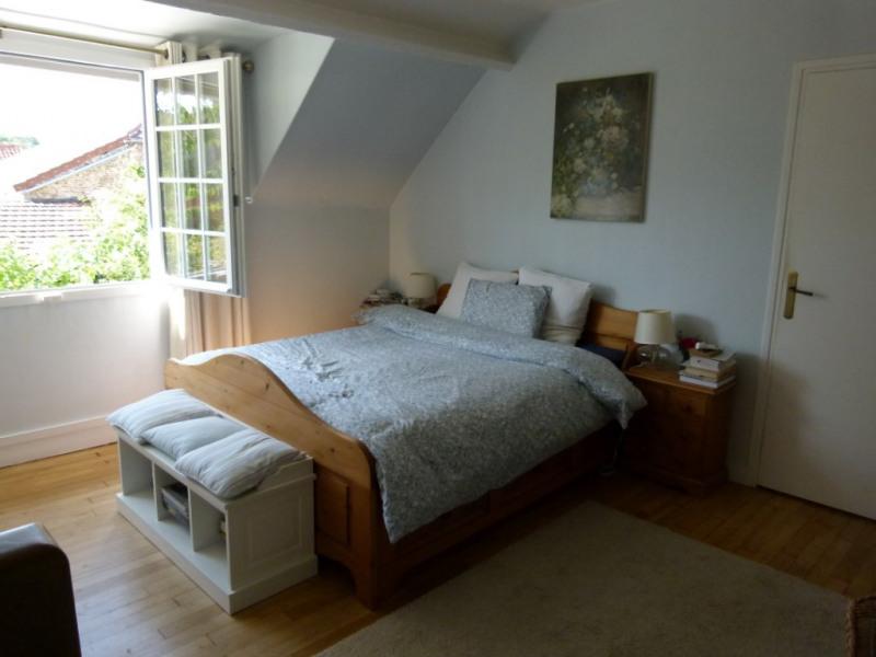 Sale house / villa Montfort-l'amaury 497000€ - Picture 8