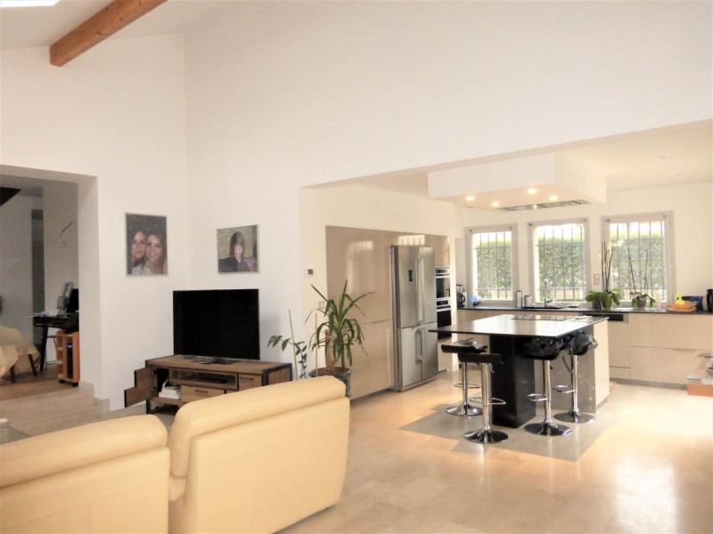 Vente de prestige maison / villa Saint-genis-laval 575000€ - Photo 1