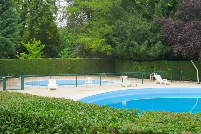 Deluxe sale apartment Bougival 285000€ - Picture 1