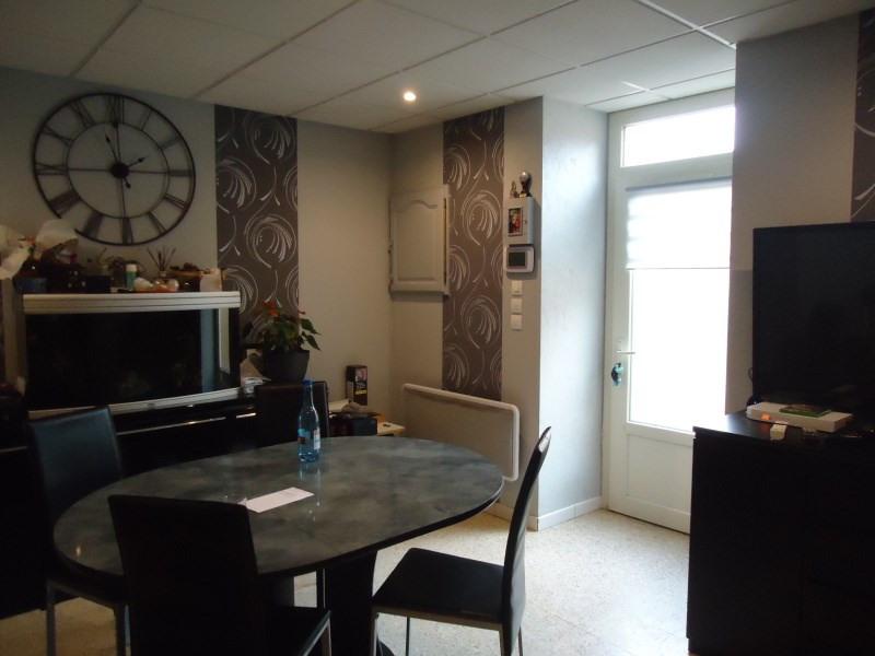 Rental apartment Saint romain de jalionas 580€ CC - Picture 3