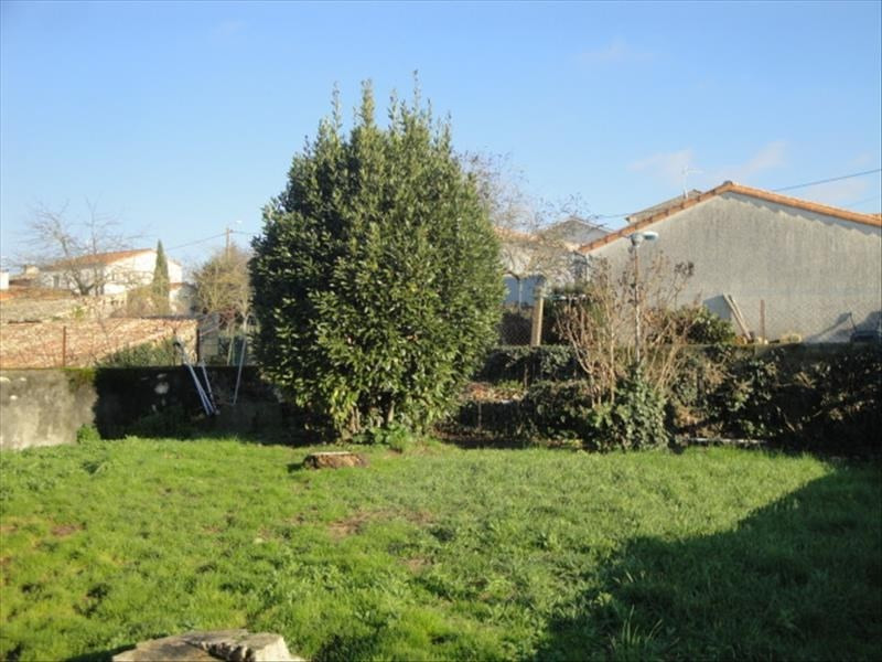 Vente maison / villa La creche 141 750€ - Photo 6