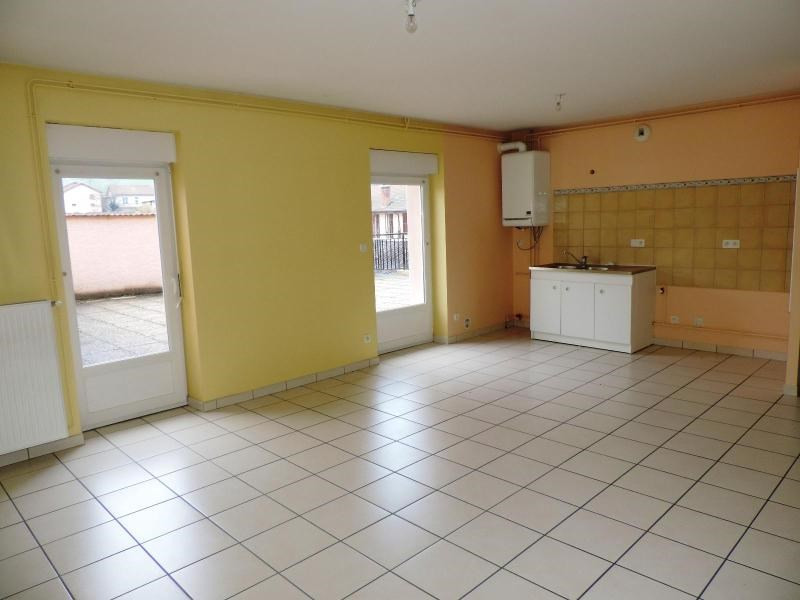 Location appartement Amplepuis 590€ CC - Photo 1