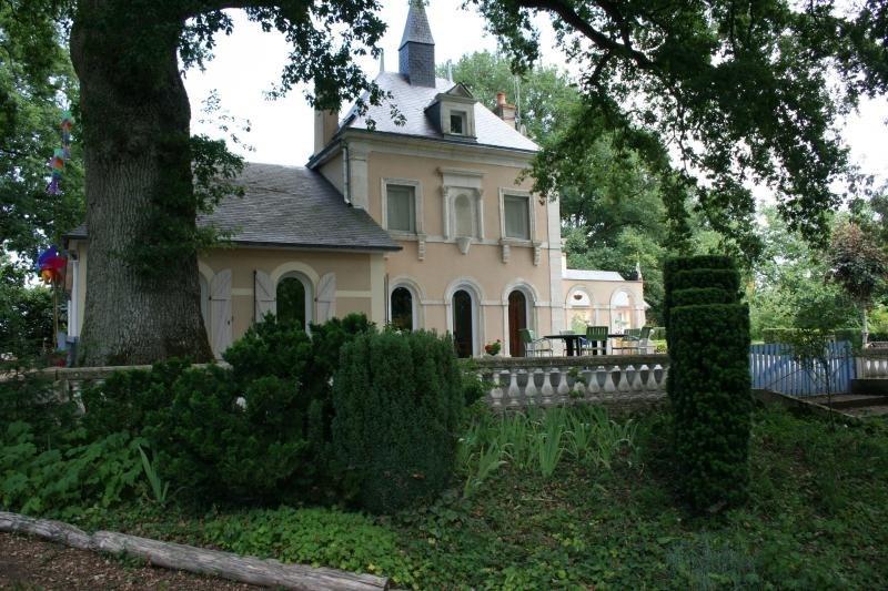 Sale house / villa St jean de la motte 407000€ - Picture 2