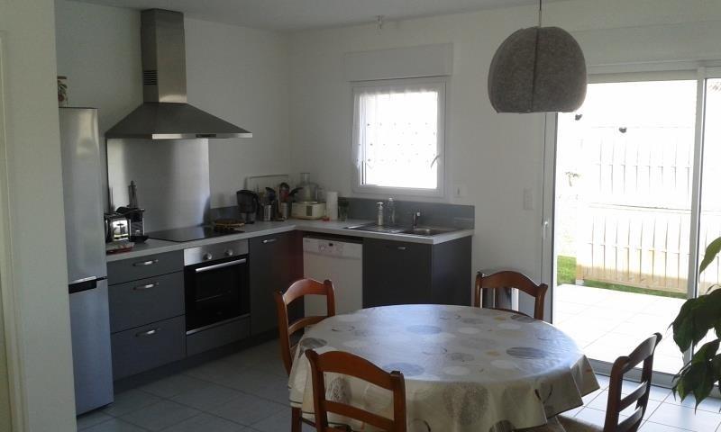 Location maison / villa Chauray 730€ CC - Photo 4