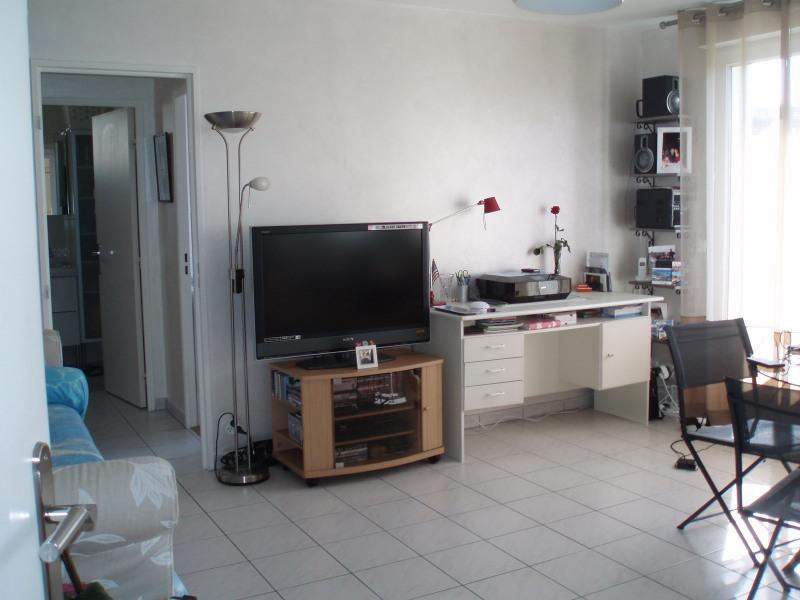 Rental apartment Champigny-sur-marne 826€ CC - Picture 2