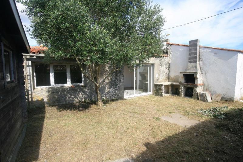 Sale house / villa Semussac 180200€ - Picture 2
