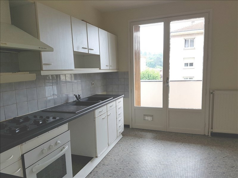 Sale apartment Tassin-la-demi-lune 185 000€ - Picture 2