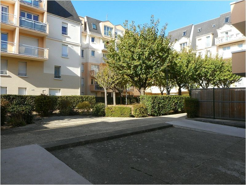 Rental apartment Savigny sur orge 593€ CC - Picture 1