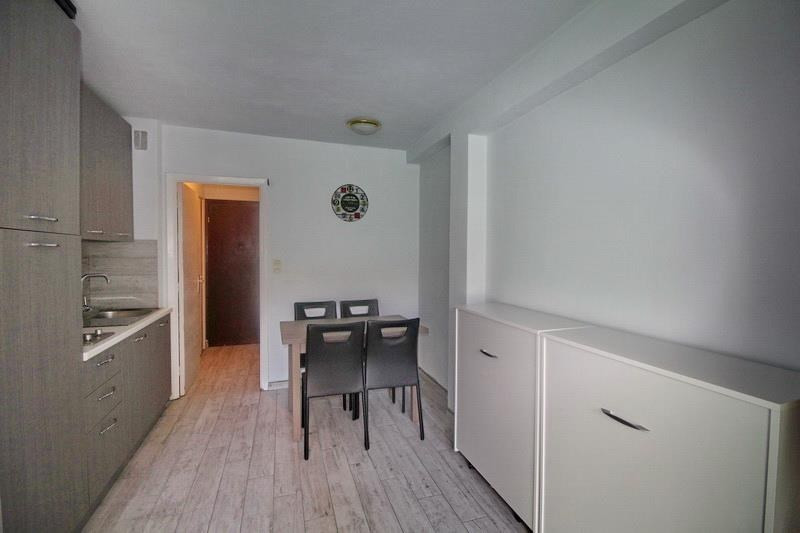 Sale apartment Nice 153 000€ - Picture 2