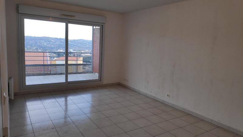 Rental apartment Grasse 748€ CC - Picture 2