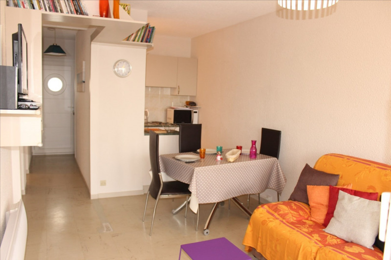 Vacation rental apartment Chatelaillon-plage 261€ - Picture 1