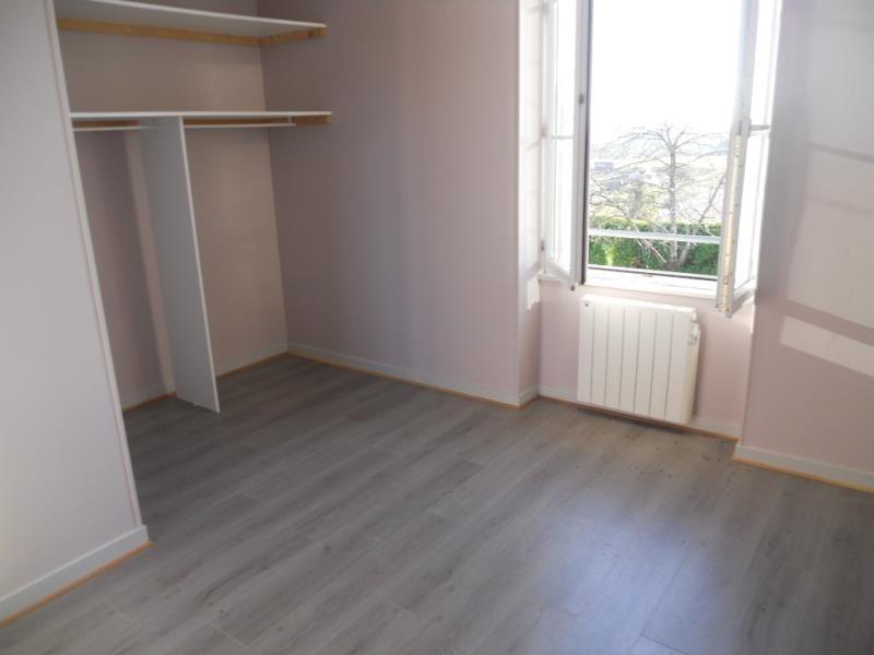 Vente maison / villa Coulon 220500€ - Photo 10