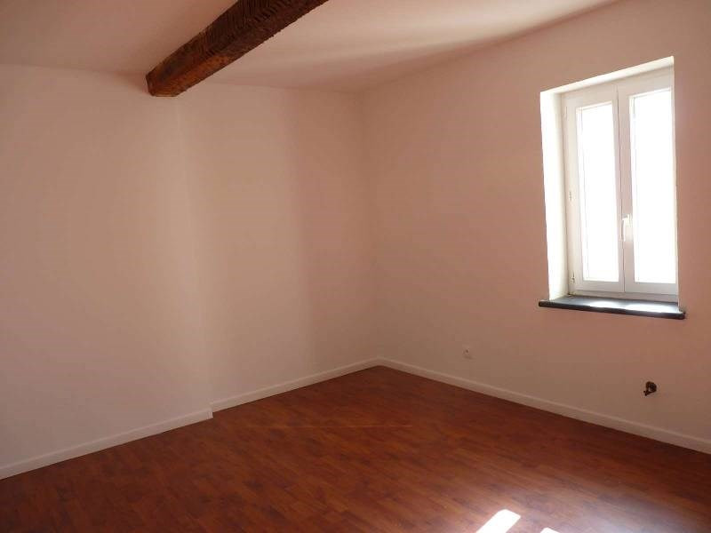 Rental apartment St sulpice 470€ CC - Picture 4