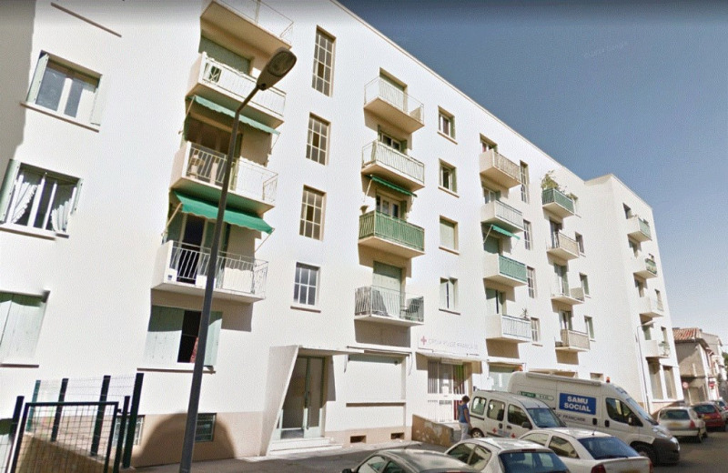 Location appartement Nîmes 515€ CC - Photo 1