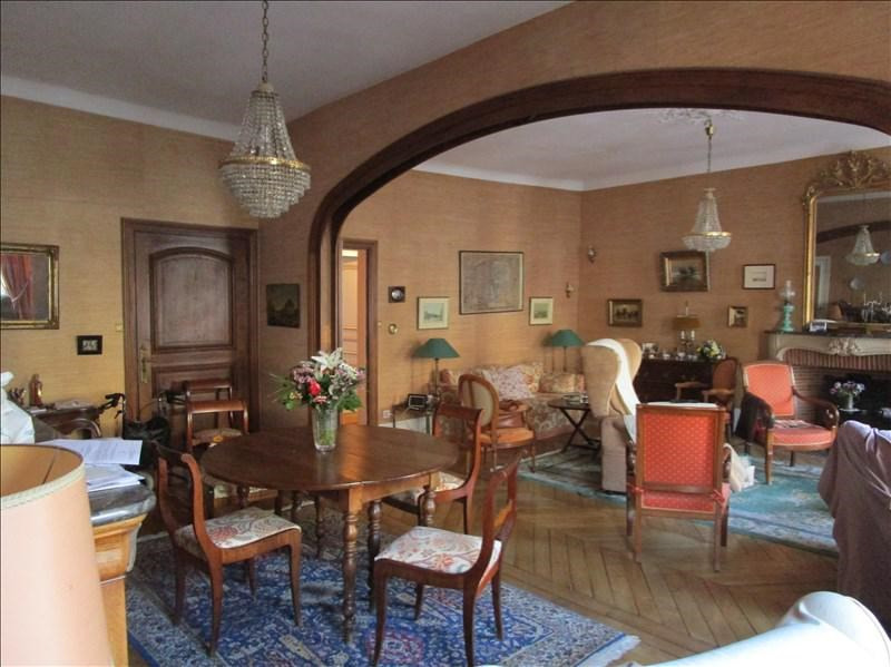 Sale apartment Versailles 930 000€ - Picture 1