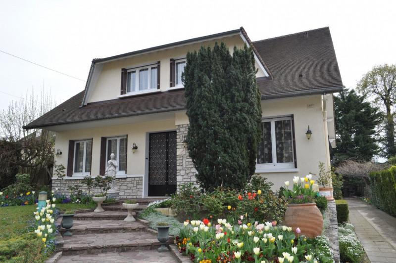Sale house / villa Le raincy 890000€ - Picture 1