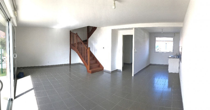 Rental house / villa Strazeele 783€ CC - Picture 2