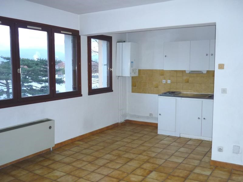 Location appartement Echirolles 460€ CC - Photo 2
