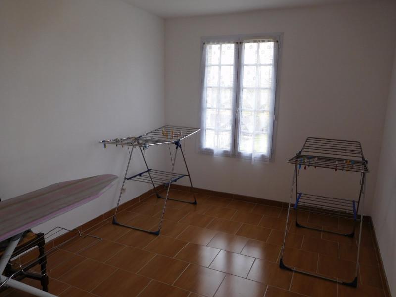 Sale house / villa Cesny bois halbout 232900€ - Picture 9