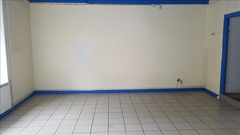 Location local commercial Begard 450€ HT/HC - Photo 3