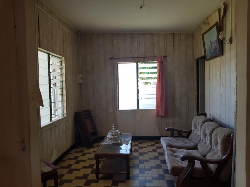 Sale house / villa Le port 175000€ - Picture 8