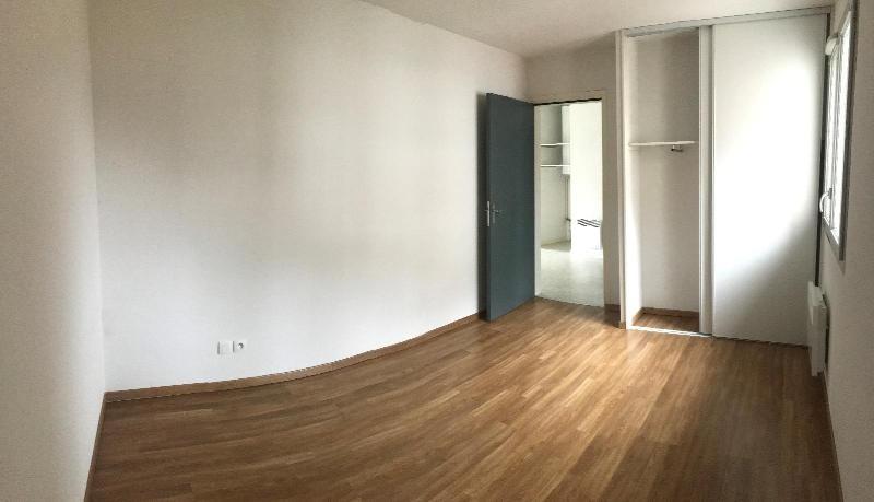 Location appartement La rochette 450€ CC - Photo 2