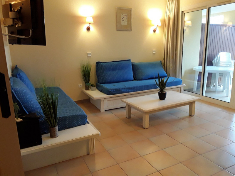 Vacation rental apartment Les issambres 700€ - Picture 1