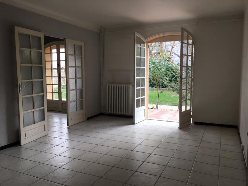 Sale house / villa Salon de provence 462 000€ - Picture 2