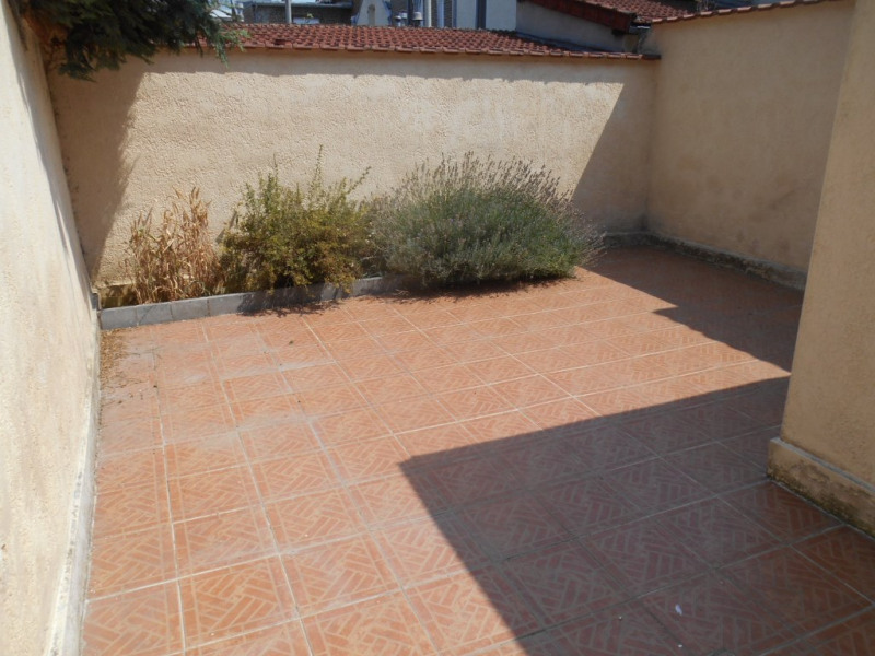 Rental house / villa Saint quentin 782€ CC - Picture 17