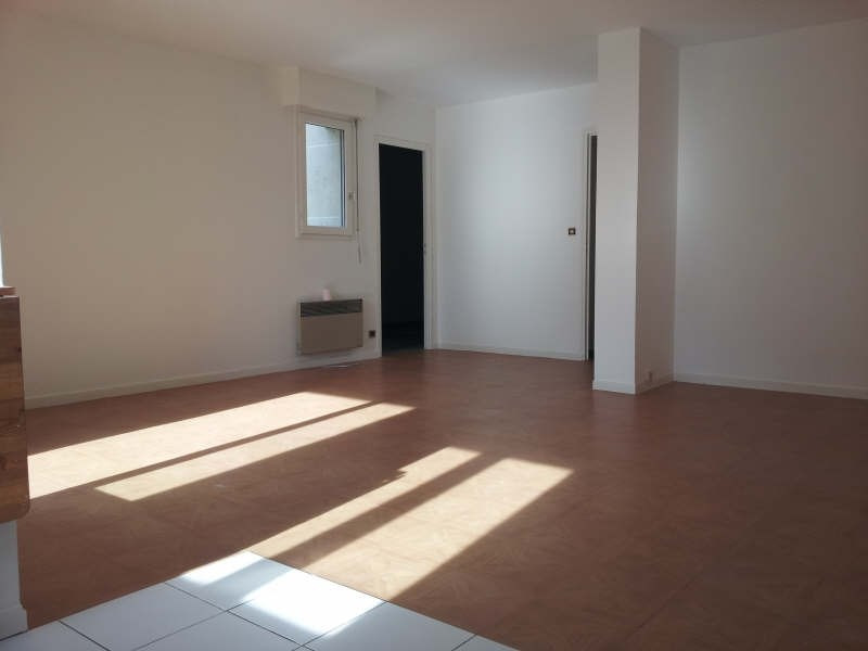 Location appartement Andresy 749€ CC - Photo 1