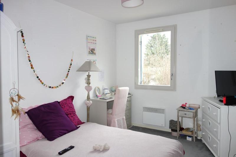 Rental apartment Lagny sur marne 1031€ CC - Picture 1